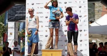 Gisela Soley, Mª Amparo Zapico y Belén Rodríguez en el pódium del GT.