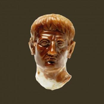 Exvoto de Augusto encontrado en el balneario de Turiaso (Foto: P. J. Fatás-Museo de Zaragoza)
