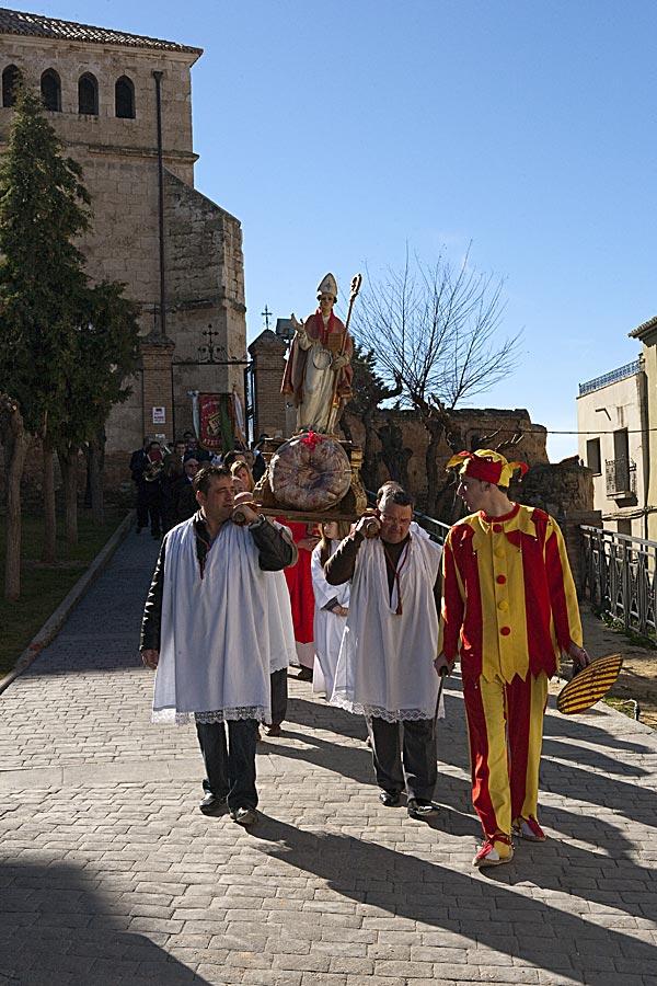 La Máscara acompañando a la procesión.