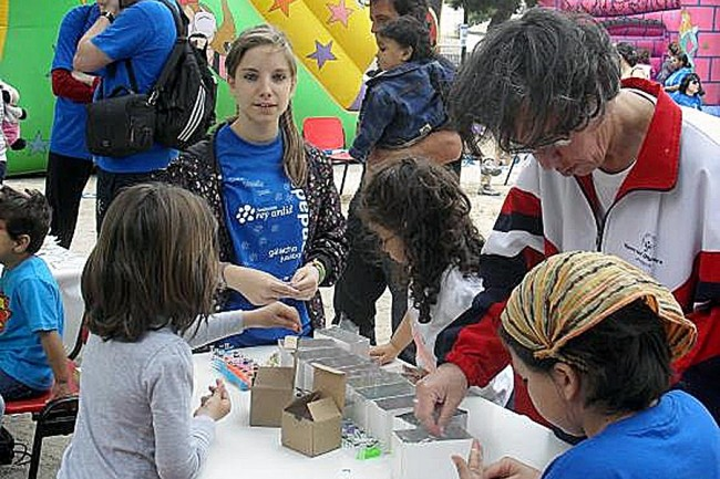 Hinchables y talleres para niños (2014).