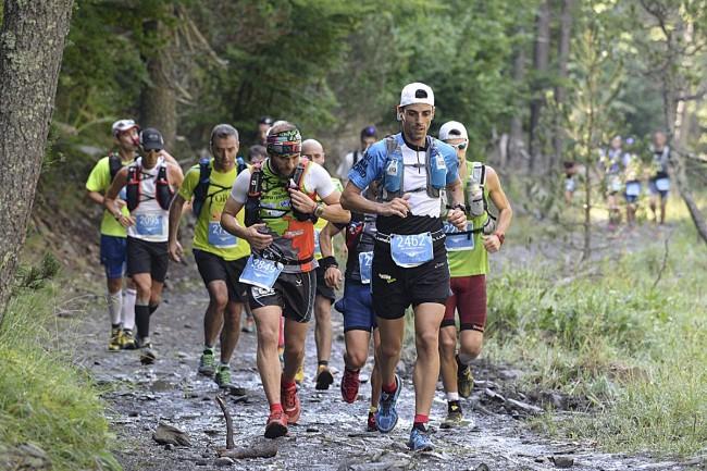 Primeros kilómetros de la Maratón de las Tucas.