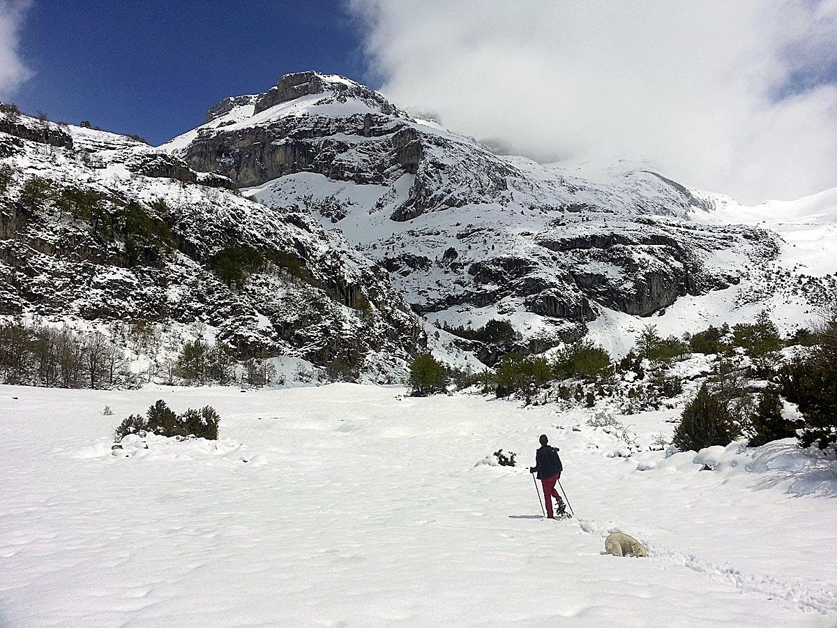 """Llanos de Lizara, punto de salida para la travesía del """"Aragon a pie por GR"""" (foto: Luis Andrés Orive)."""