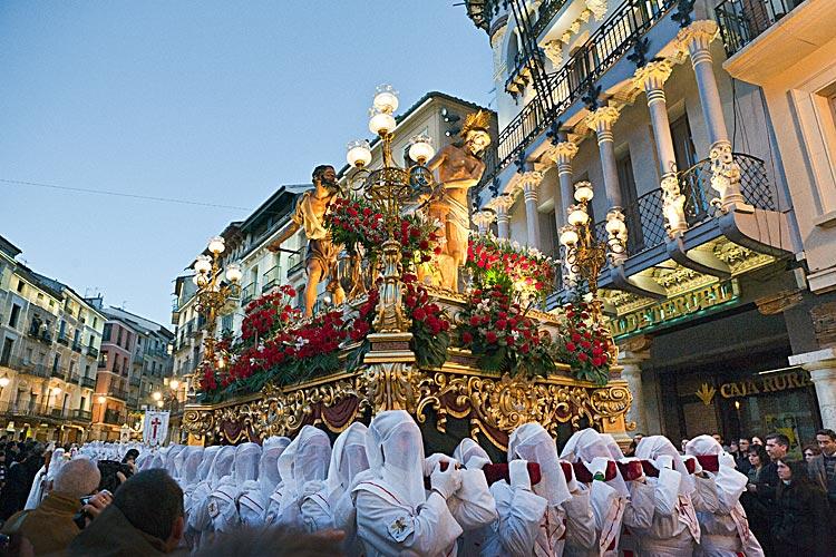 Semana Santa en Teruel, plaza del torico.