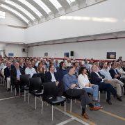 Autoridades, accionistas, trabajadores y amigos de Prames durante el acto del aniversario.