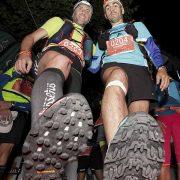 Zapatillas bien taqueadas para correr por montaña. J.BARAHONA-GTTAP