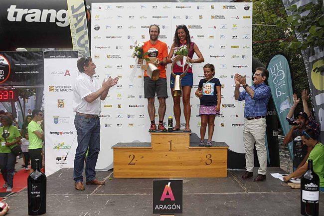 Ganadores absolutos del Gran Trail Aneto-Posets: Frédéric LAUREAU y Angels LLOBERA VICENS.