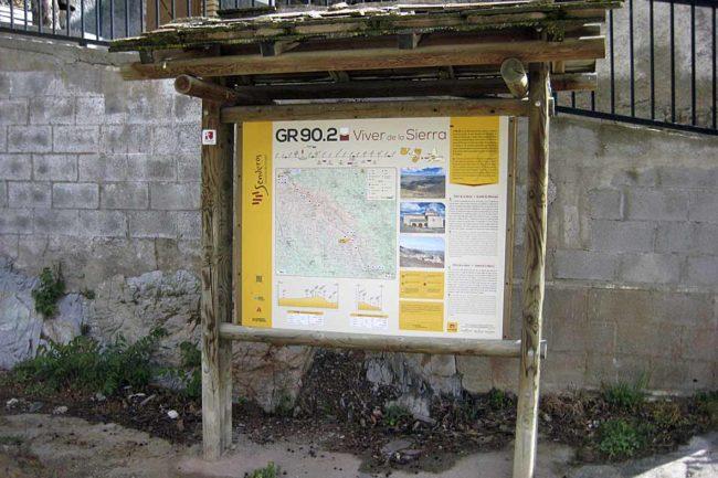 GR 90.2 en Viver de la Sierra.