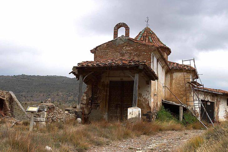 Salinas de Arcos de las Salinas, ermita ruinas