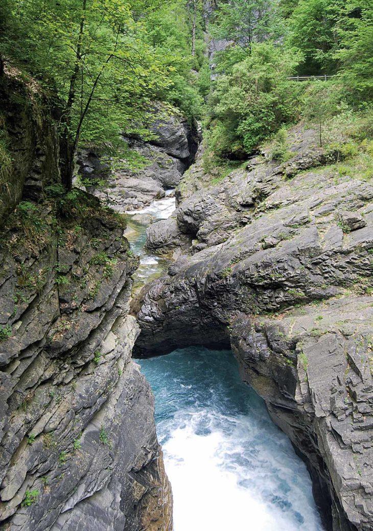 Ríos en roca, Cinqueta
