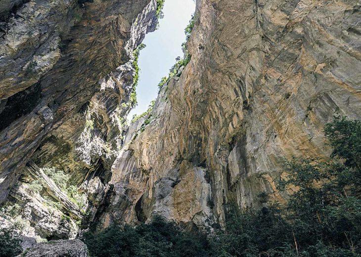 Ríos en roca, barranco