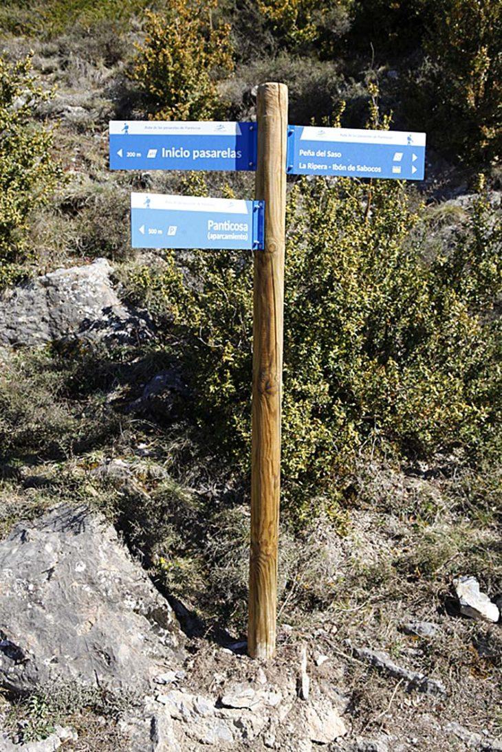 Indicador ruta de las pasarelas de Panticosa