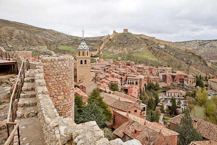Albarracín, muralla. Foto: Josu Azcona